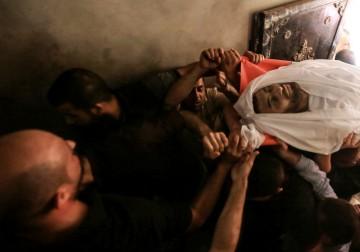 تشييع جثمان الشهيد يوسف الفصيح