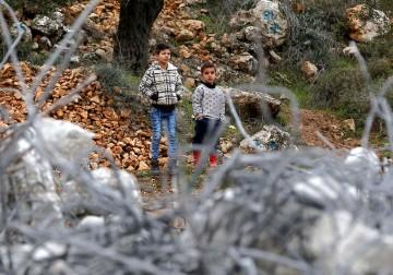 29 يناير 2018 - سلطات الاحتلال الصهيوني تهدم مبانٍ قيد الانشاء لمواطنين في بيت لحم