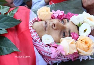 جماهير شعبنا تشيّع جثمان الشهيد عز الدين التميمي في قرية النبي صالح