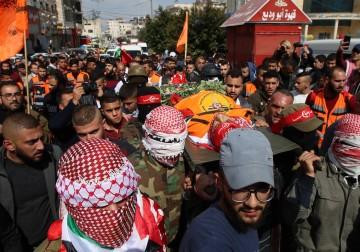 جماهير شعبنا تشيّع الشهيد ساجد مزهر في مخيم الدهيشة