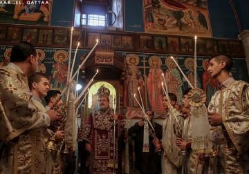 الطائفة الأرثوذكسية المسيحية الفلسطينية تحتفل بعيد الميلاد المجيد في غزة - تصوير عمر القطاع