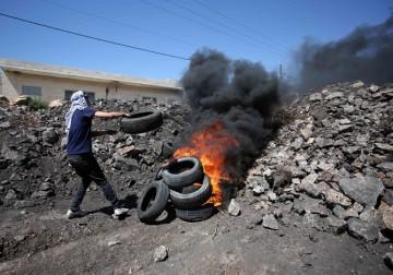 مواجهات بين الشبان وجنود الاحتلال الاسرائيلي
