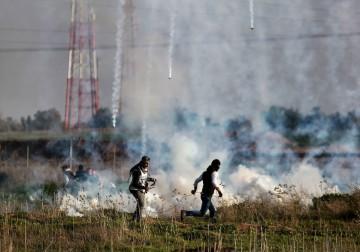 2 فبراير 2018: مواجهات بين الشبان وقوات الاحتلال على نقاط التماس بين قطاع غزة والأراضي المحتلة عام 48