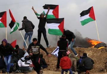 26 يناير 2018 - مواجهات مع قوات الاحتلال الصهيوني على نقاط التماس شرق قطاع غزة