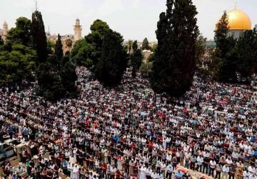 صلاة الجمعة الثانية من رمضان في الأقصى