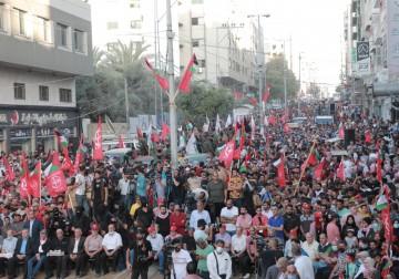 مسيرة جماهرية للجبهة الشعبية بغزة احتفاءً بانتصار المقاومة