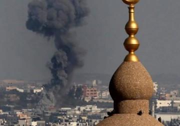 قصف مدفعيّ وجويّ صهيونيّ على أهداف متفرقة بالقطاع