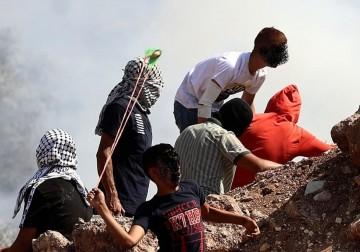 مواجهات عنيفة مع الاحتلال على جبل صبيح في بيتا