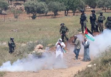 مواجهات مع الاحتلال خلال مسيرة بيت دجن لمناهضة الاستيطان