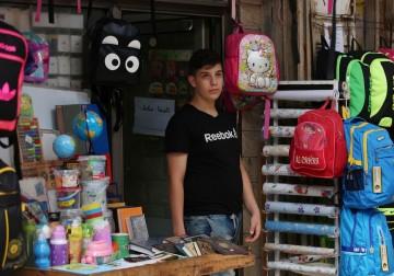 موسم شراء لوازم المدارس في غزة