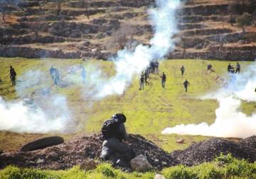 جيش الاحتلال يقمع مسيرات الضفة