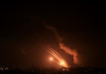 المقاومة بغزة تطلق صواريخها نصرةً للقدس