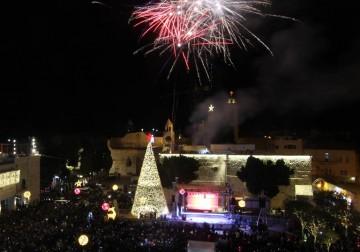 الأحتفال بإضاءة شجرة الميلاد في بيت لحم