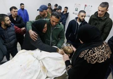 شهيد برصاص الاحتلال في مخيم قلنديا بالقدس