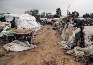 18 فبراير 2018 - معاناة أهالي المناطق المهمشة في قطاع غزة مع برد الشتاء القارس.. أطفال ونساء بلا مأوى