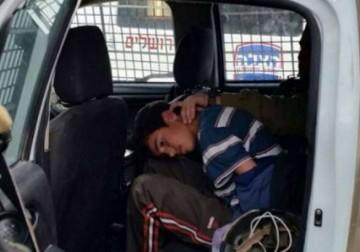 اعتقال طفل بزعم محاولته طعن جنود شرق الخليل