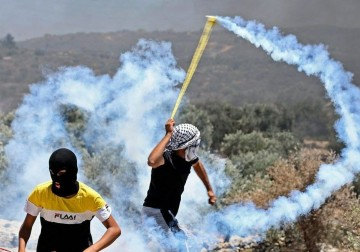 المواجهات بين المواطنين وقوات الاحتلال في بلدتي بيتا وقصرة بنابلس