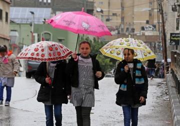 غزة والمطر..