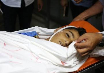 """ثلاثة شهداء ومئات الاصابات في جمعة """"المقاومة خيارنا"""""""