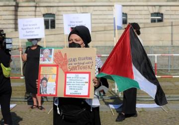 وقفة أمام البرلمان الألماني تضامنًا مع أطفال فلسطين