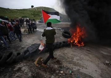 مواجهات مع قوات الاحتلال قرب نابلس لمُناسبة يوم الأرض