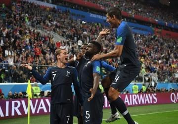 """""""الديوك"""" إلى نهائي كأس العالم"""