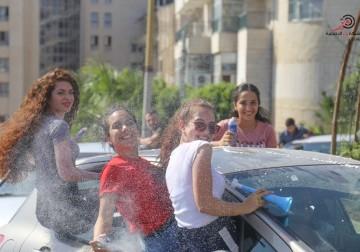 أجواء الفرح عقب إعلان نتائج الثانوية العامة في غزة والضفة