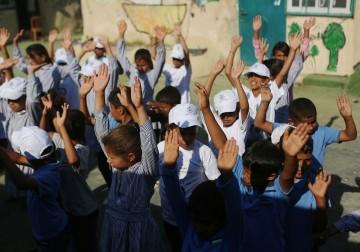 لتعزيز الصمود.. تدشين العام الدراسي الجديد في مدرسة الخان الأحمر