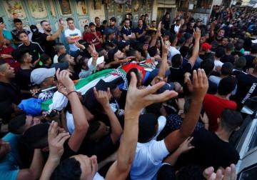 مخيم بلاطة يودّع الشهيد الفتى عماد حشاش
