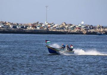 بحر غزة المُحاصر