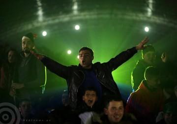 الفلسطينيون في غزة يشجعون المنتخب المصري خلال مباراة نهائي كأس أمم أفريقيا
