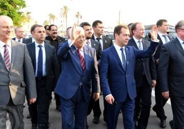 الرئيس الفلسطيني يستقبل رئيس الوزراء الروسي في أريحا