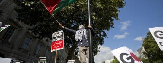مؤيدون للقضية الفلسطينية تظاهروا احتجاجا على زيارة نتانياهو إلى لندن