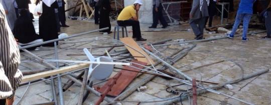 الدمار الذي أحدثه جنود الاحتلال في المسجد الأقصى صباحاً- كيوبرس