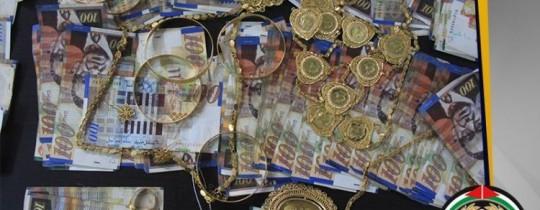 المباحث تكشف قضية سرقة ذهب بقيمة 4 آلاف دينار شمال غزة