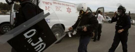 أرشيف: قوات القمع الخاصة تقتحم أحد السجون
