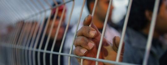 أسرة الجبهة يواصلون إضرابهم لليوم 33 ، ومصلحة السجون لاتزال تتجاهل مطالبهم وتساومهم على الإبعاد