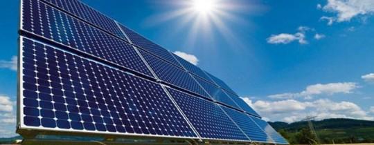 غزة: توقيع اتفاقية لتوليد الكهرباء بالطاقة الشمسية