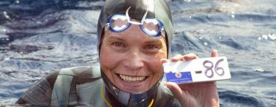 بطلة العالم في الغوص الحر بحبس النفس الروسية ناتاليا مولتشانوفا
