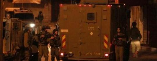 جنود الاحتلال يداهمون منازل في مدينة جنين