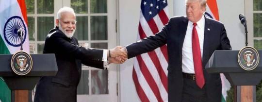 الرئيس الأمريكي ونظيره الهندي