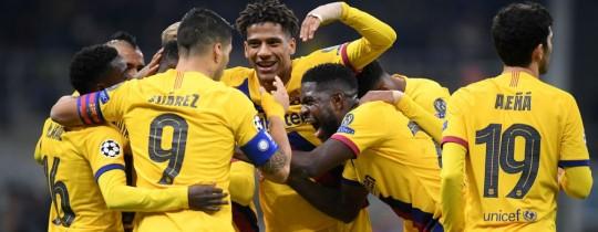بهذا الفوز بتأهل برشلونة من المجموعة السادسة برصيد 14 نقطة