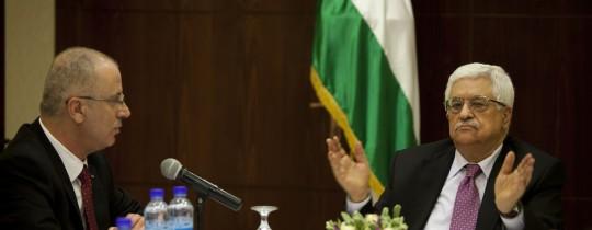 ملف موظفي غزة والكهرباء: حلولٌ من ورق!