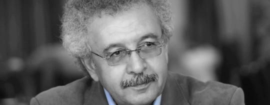 الشاعر والروائي إبراهيم نصر الله