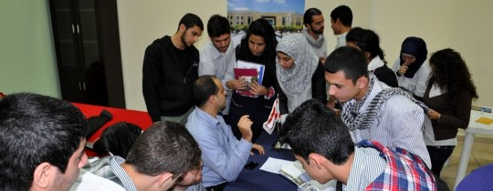 الطلبة الفلسطينيين اللاجئين من سوريا إلى لبنان