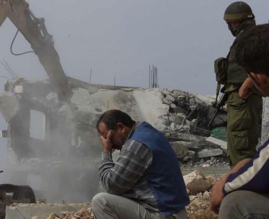 أرشيفية: الاحتلال يهدم منزل مواطن فلسطيني