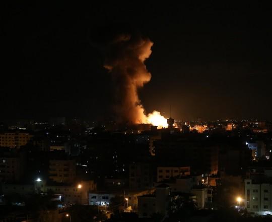 مدفعية الاحتلال تستهدف مرصد للمقاومة