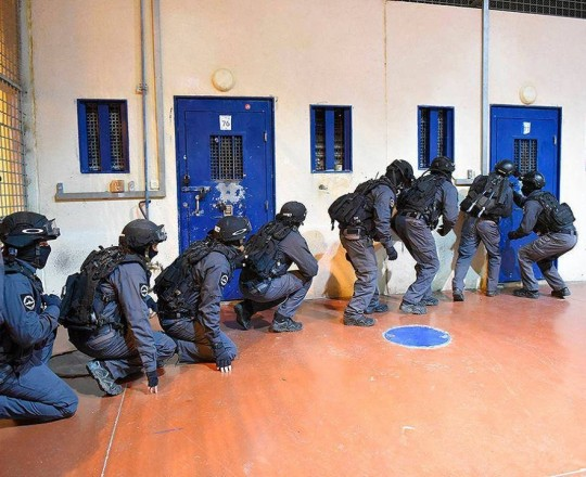 قمع السجون سجون الاحتلال