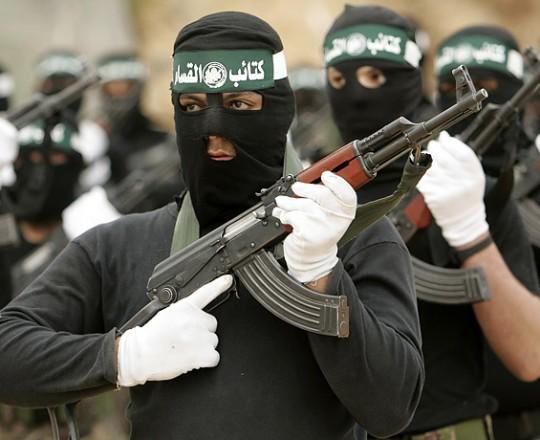 أرشيف: مُقاتلو كتائب القسام-الجناح العسكري لحركة حماس