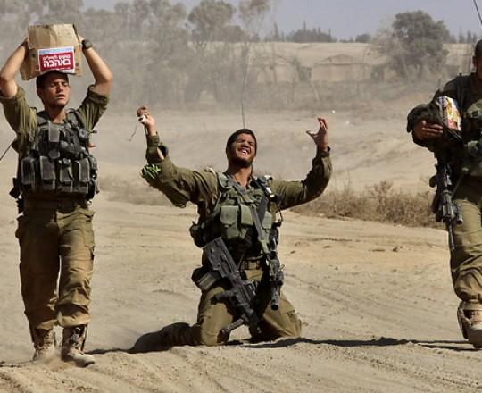جنود الاحتلال اثناء الحرب على غزة